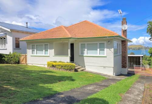Onehunga, 3 BEDROOM - PETS NEGOTIABLE, Property ID: 30004588 | Barfoot & Thompson