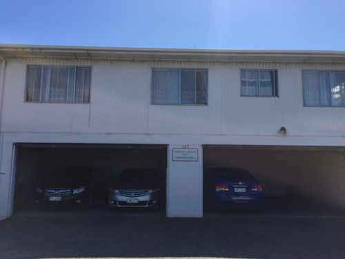 Mt Wellington, 2 Bedrooms and 1 Bath Apartment Unit in Mt Wellington, Property ID: 30004590 | Barfoot & Thompson