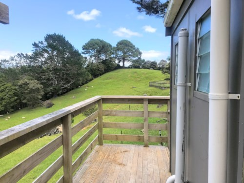 Henderson Valley, 3 BEDROOM - RURAL SETTING , Property ID: 30004600 | Barfoot & Thompson