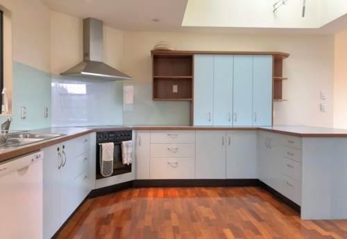 Meadowbank, 3 BEDROOM 2 BATHROOM - 2 STOREY - GARAGE, Property ID: 30004652 | Barfoot & Thompson