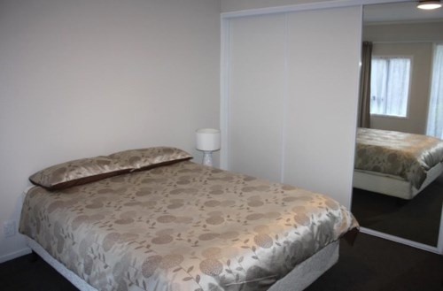 Papatoetoe, Boarding Rooms!, Property ID: 31001311 | Barfoot & Thompson