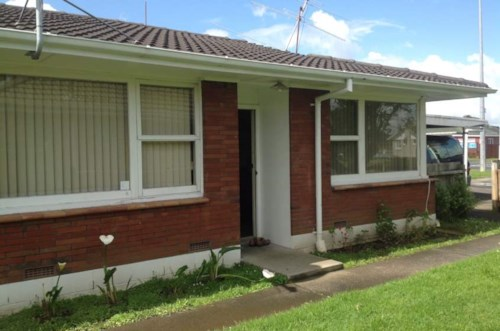 Mangere, Front unit in a block of two, Property ID: 31001338 | Barfoot & Thompson