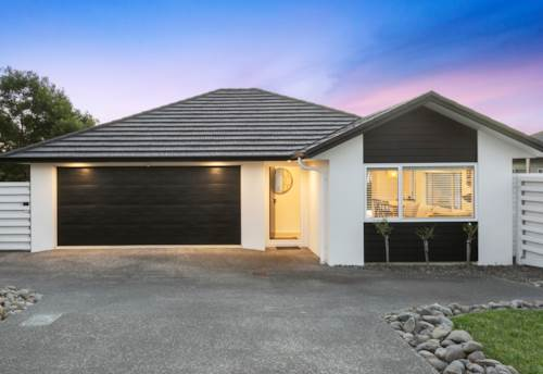 Huapai, Where the Living is Easy, Property ID: 810619 | Barfoot & Thompson