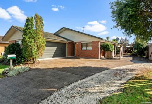 Papakura, Brick and Tile Corner Family Home in Papakura, Property ID: 811067 | Barfoot & Thompson