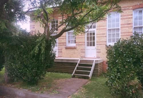 Manurewa, Rent includes water & lawn!, Property ID: 31001434 | Barfoot & Thompson