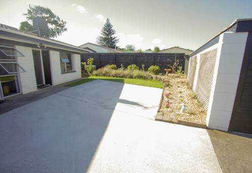 Otahuhu, On the Mt Wellington/Otahuhu Border, Property ID: 31001580 | Barfoot & Thompson