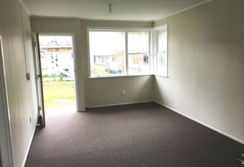 Otahuhu, Fresh & Renovated 1 B/R Unit in Otahuhu, Property ID: 31001606 | Barfoot & Thompson
