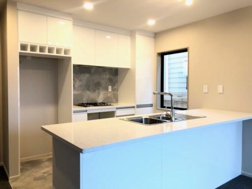 Otahuhu, Brand new two-storey home - 5 Paneika Lane, Property ID: 31001738 | Barfoot & Thompson