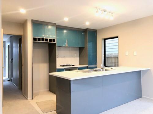 Otahuhu, Brand new two-storey home - 22 Paneika Lane, Property ID: 31001739 | Barfoot & Thompson
