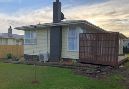 Favona, Refurbished fully fenced home on Cameo Court, Property ID: 31001743 | Barfoot & Thompson