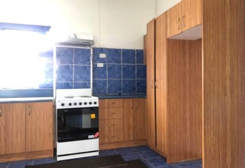 Otahuhu, Fully fenced home on Ronaki Road , Property ID: 31001755 | Barfoot & Thompson