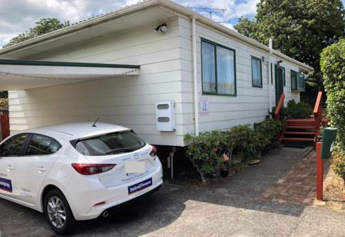 Mt Wellington, Standalone home located in the corner of Ellerslie Panmure Highway & Ferndale Rd, Property ID: 31001766 | Barfoot & Thompson