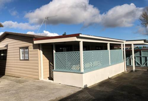 Mangere, Lovely Famly Home on Massey Road, Property ID: 31001784 | Barfoot & Thompson