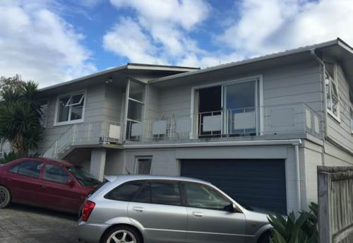 Glenfield, Sunny And Elevated, Property ID: 32001309 | Barfoot & Thompson
