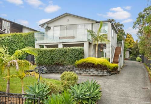 Hillcrest, Weatherboard beauty on Alton Ave, Property ID: 810878 | Barfoot & Thompson