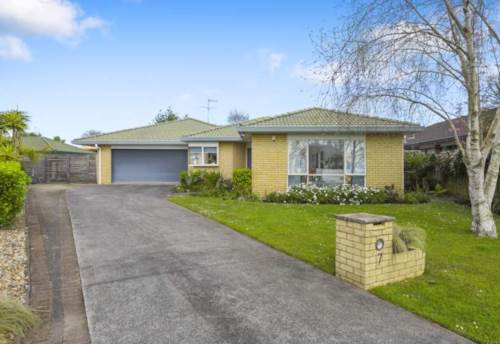 Northpark, Family home with four bedroom and two bathroom, Property ID: 32002527 | Barfoot & Thompson