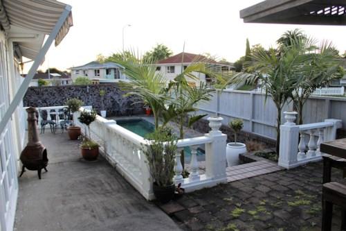 Sunnyhills, Luxury Prestigious Home in Sunnyhills!!, Property ID: 32002574 | Barfoot & Thompson