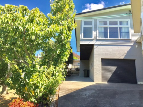 St Heliers, PERFECT FAMILY HOME IN UNBEATABLE LOCATION! & FANTASTIC SCHOOL ZONES!!!, Property ID: 32002590 | Barfoot & Thompson