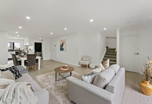 Papakura, Brand New & Living it Large, Property ID: 811358 | Barfoot & Thompson