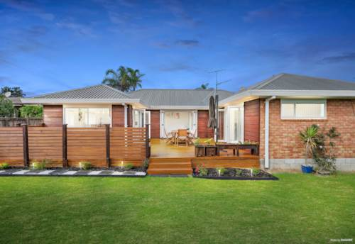 The Gardens, FAMILY HOME- MUST SELL!, Property ID: 811001 | Barfoot & Thompson