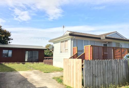 Ranui, Beautiful Home with Sleepout, Property ID: 33000268 | Barfoot & Thompson