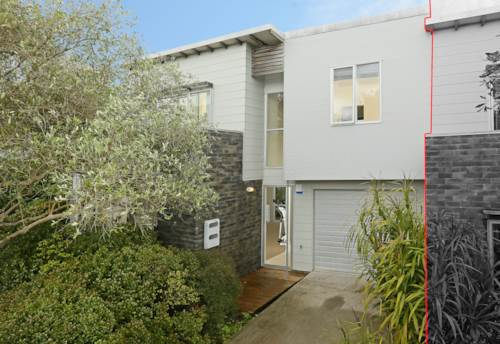 Glen Eden, Townhouse Living in Glen Eden, Property ID: 33000274 | Barfoot & Thompson