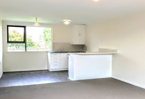West Harbour, Freestanding One Bedroom Home in West Harbour, Property ID: 33000289 | Barfoot & Thompson