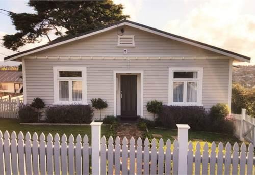 Massey, Funky Nest, Property ID: 33000307 | Barfoot & Thompson