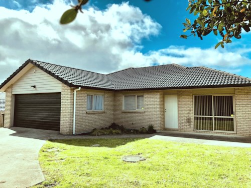 Massey, Fabulous Family Home, Property ID: 33000361 | Barfoot & Thompson