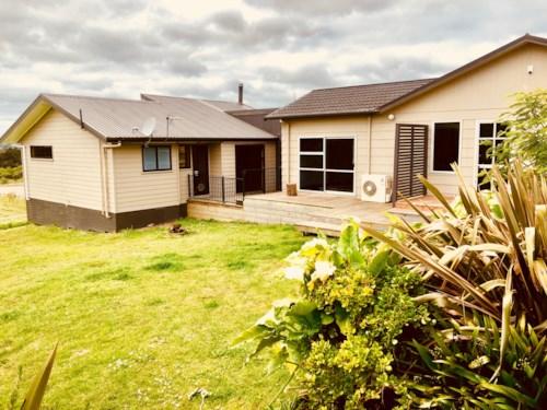 Kumeu, Home on the Range!, Property ID: 33000376   Barfoot & Thompson