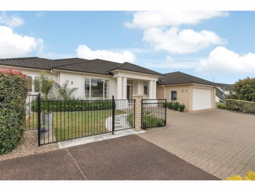 West Harbour, Executive family home  , Property ID: 33000394 | Barfoot & Thompson