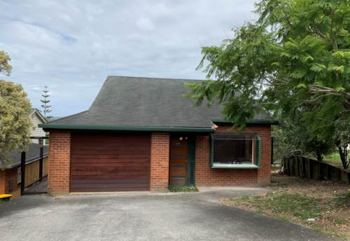 West Harbour, Large family home , Property ID: 33000426   Barfoot & Thompson
