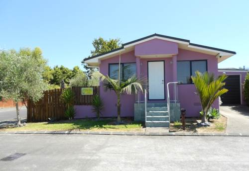 Henderson, Lovely family home , Property ID: 33000431 | Barfoot & Thompson