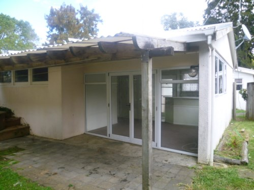 Panmure, Are you Looking for A Private Place!!!, Property ID: 34001010 | Barfoot & Thompson
