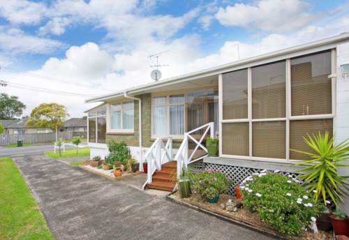 Panmure, Sunny and Spacious, Property ID: 34001255   Barfoot & Thompson