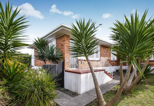 Panmure, Two bedrooms on Kings Rd, Property ID: 34001365 | Barfoot & Thompson