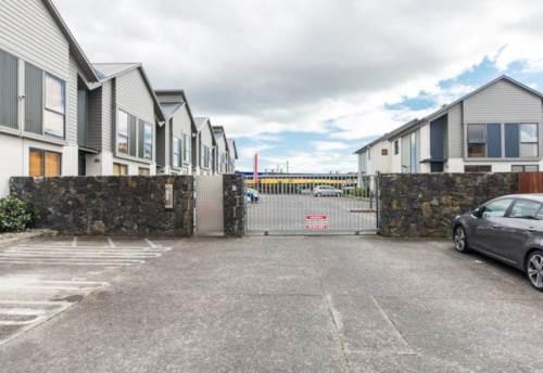 Panmure, Immaculate on Ireland, Property ID: 34001376 | Barfoot & Thompson