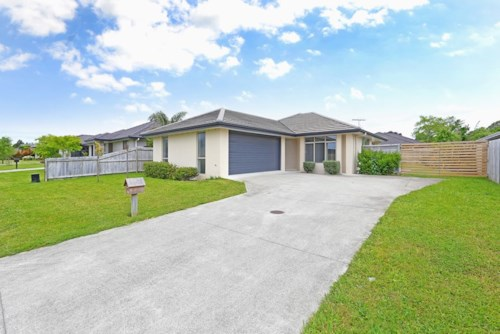 Karaka, Beauitiful Family Home in Karaka, Property ID: 34001414 | Barfoot & Thompson
