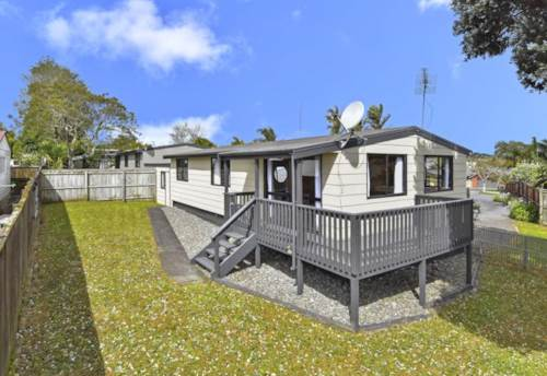 Wattle Downs, Lovely 3 Beds  home in Wattle Downs, Property ID: 34001557 | Barfoot & Thompson