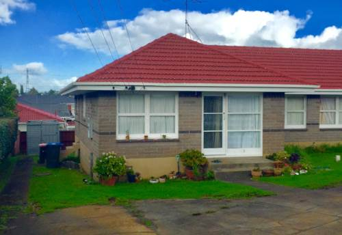 Mt Wellington, COSY ON MALONE, Property ID: 34002642 | Barfoot & Thompson