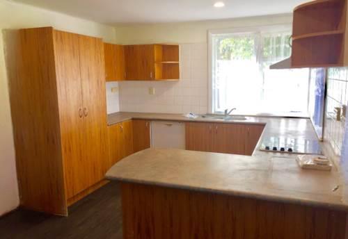 Mt Wellington, Amazing on Aranui! , Property ID: 34002686   Barfoot & Thompson