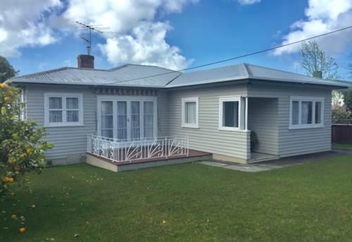 New Lynn, 3 Bedroom house in New Lynn Centre , Property ID: 34003688 | Barfoot & Thompson