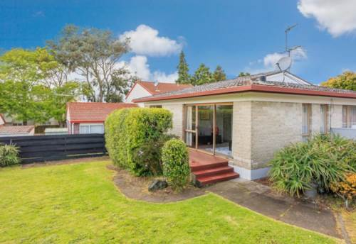 Mt Wellington, Spacious sunny two bedroom unit, Property ID: 34004767 | Barfoot & Thompson