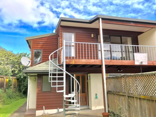 Epsom, Lovely three bedroom townhouse, Property ID: 34005792 | Barfoot & Thompson