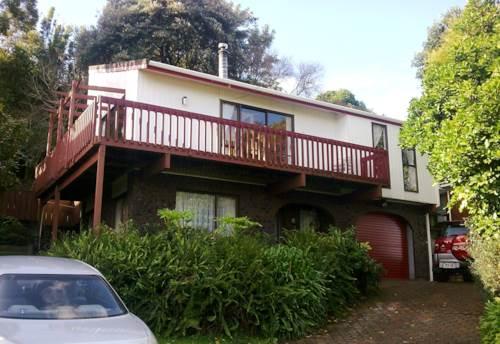 Pakuranga Heights, 3 Bedrooms Home at Pakuranga, Property ID: 34005798 | Barfoot & Thompson