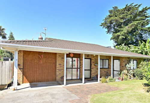 Mangere East, Welcome Home!, Property ID: 34005800 | Barfoot & Thompson