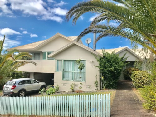 Unsworth Heights, Family Home in Unsworth Heights, Property ID: 34005837 | Barfoot & Thompson