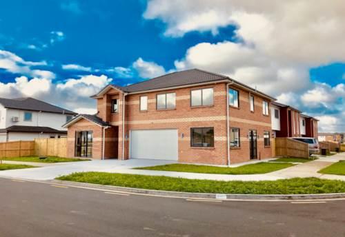 Flat Bush, Brand New Home in Flat Bush!!!, Property ID: 34005856 | Barfoot & Thompson