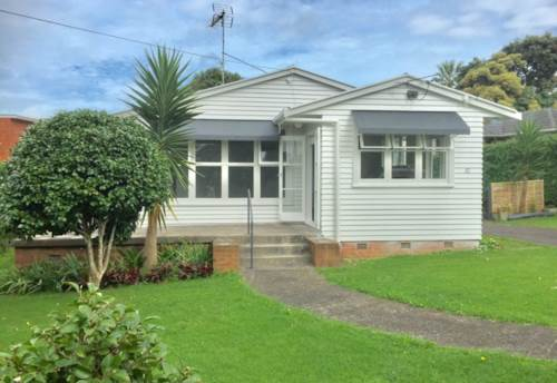 Panmure, Perfectly located, Property ID: 34005872 | Barfoot & Thompson