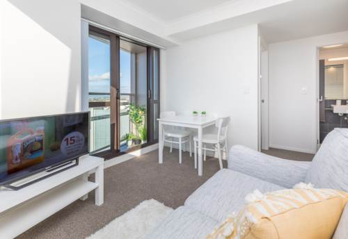 Grafton, City Centre 2 Bed Room Fully Furnished with Seaviews , Property ID: 34005903 | Barfoot & Thompson